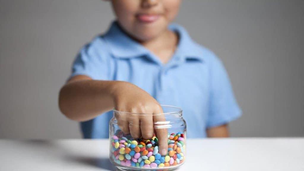 batasi asupan gula pada anak
