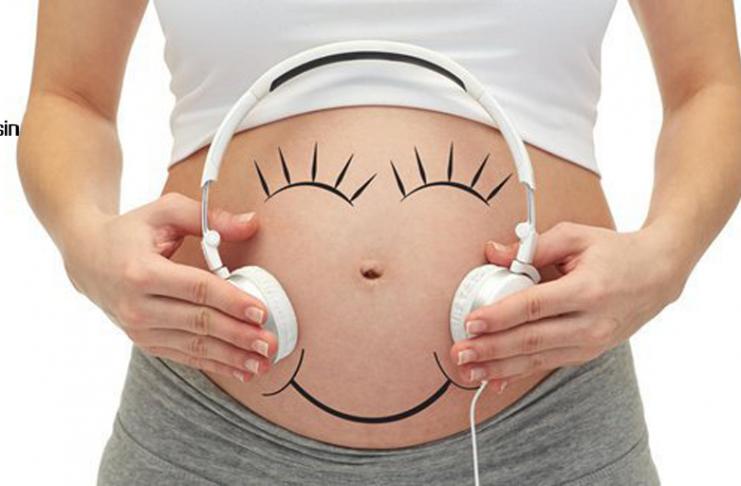 cara berkomunikasi dengan bayi didalam kandungan